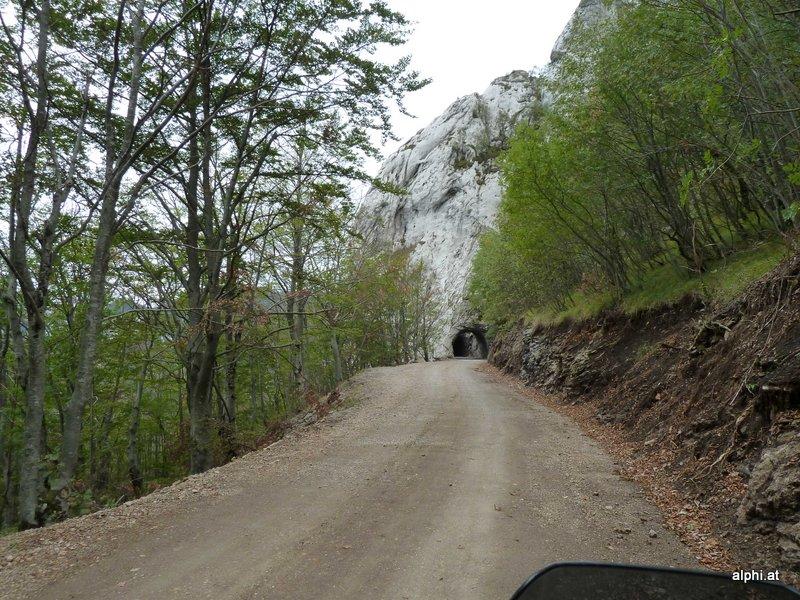Schotter und Tunnel (P)