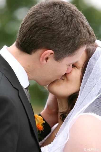 Der erste legale Kuss