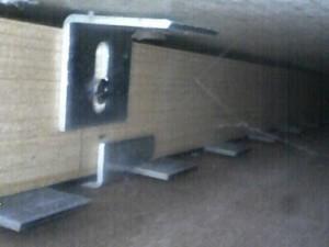 Kanalfernsehen in der Wand
